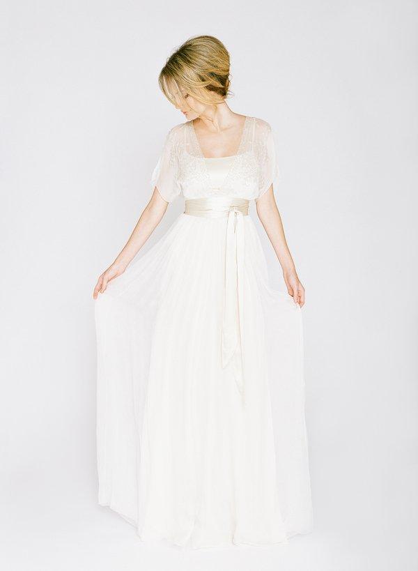 Mariages et tous au sujet de la robe  3